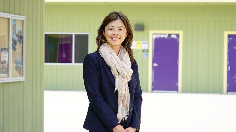 當年的越南難民,現在的校長、執行長:讓學生在安全網內跌倒、再靠自己站起來