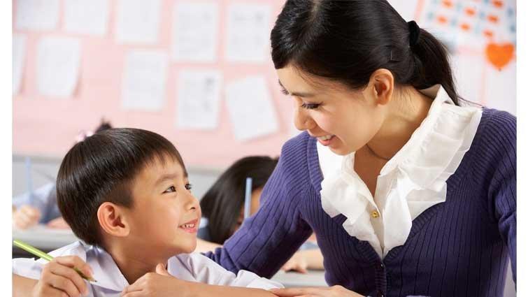 王浩威:不站導護,就不愛學生嗎?