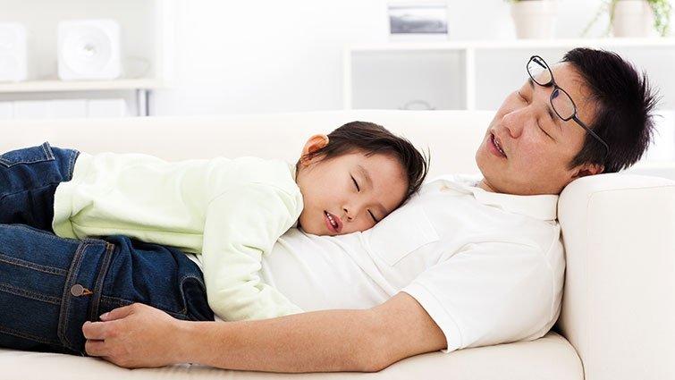 比利時研究:13%爸媽處於「極度育兒耗竭」