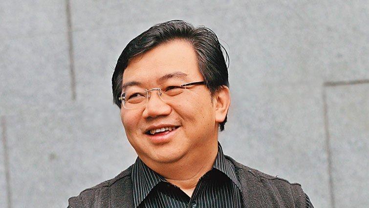 王浩威:幫孩子打造「放心基地」