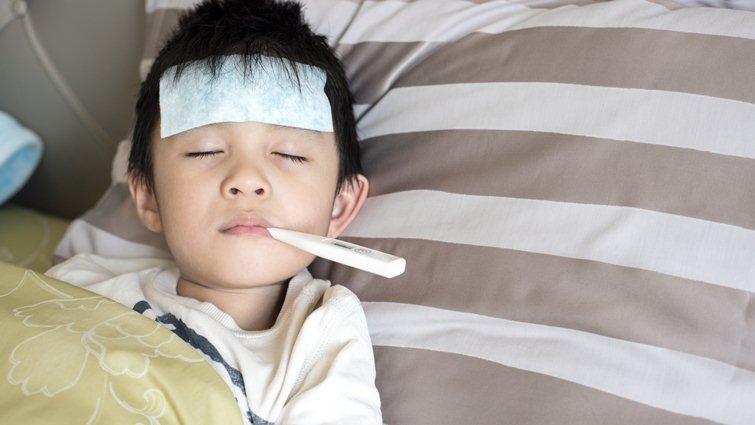 小孩能吃大人感冒藥嗎?小兒發燒用藥注意事項
