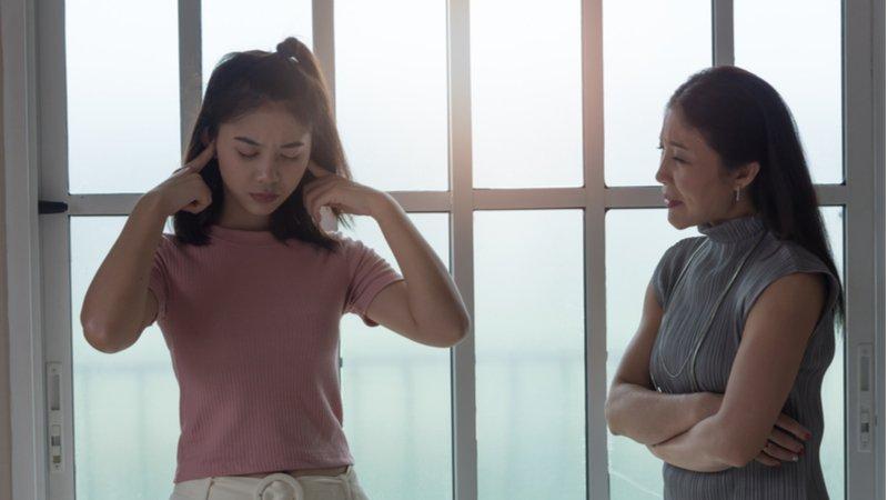 養青少年比顧寶寶還累?善用傾聽5大心法 ,開啟親子對話框