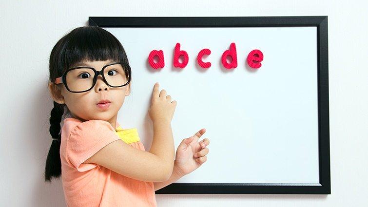 小熊媽:英語手指謠與遊戲謠,讓孩子學會語詞的意義