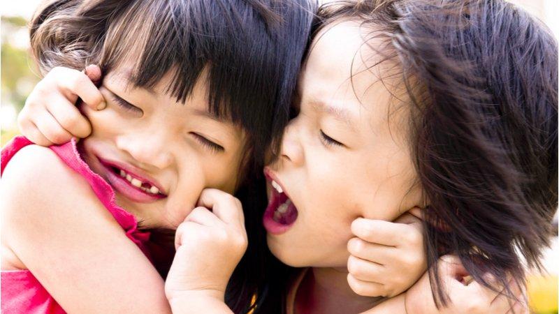 化解手足紛爭 幼兒心理師教父母這樣「演」