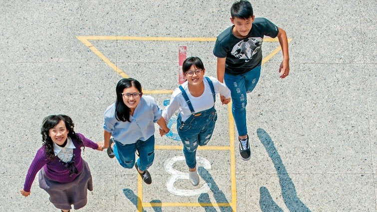 郭玉玲:我是老師,也是三個孩子的單親媽