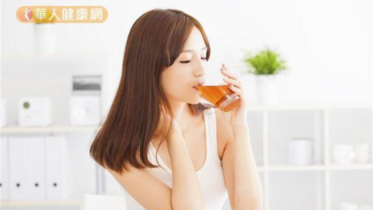 徹底和咳嗽分手!喝蘿蔔蜂蜜飲止咳