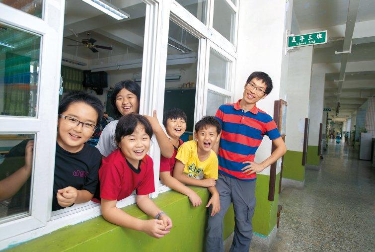 雲林縣鎮東國小教師蔡志豪:老師很安靜,更能點燃學生熱情