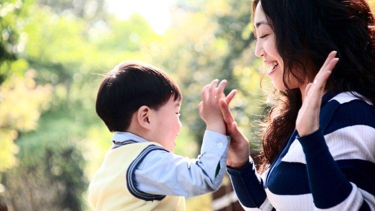 爸媽如何當好情緒教練?