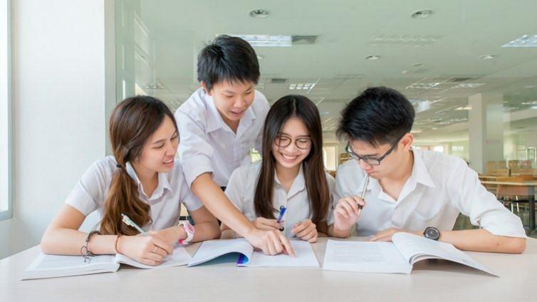 青少年快樂嗎?OECD:青少年主要壓力來源是霸凌
