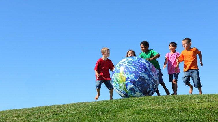 柯華葳:營造穩定社區才能教好孩子