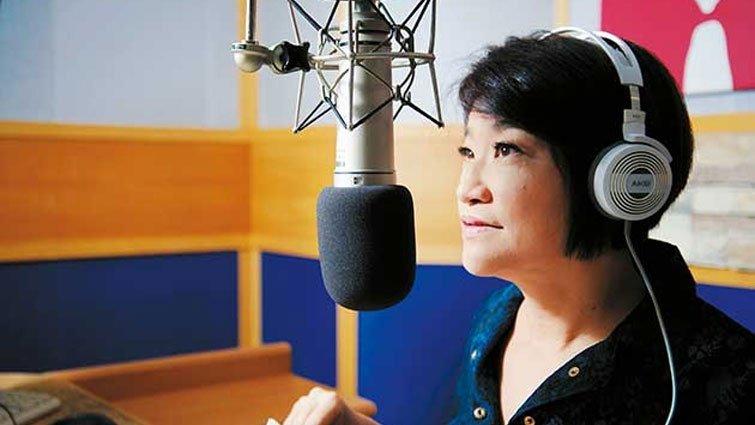 節目主持人夏韻芬:把來不及給孩子的愛 送給學生