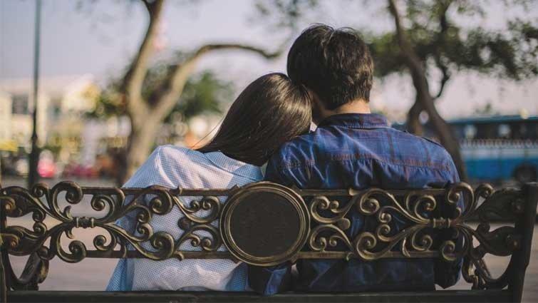 【請問教養專家】女兒上國中,能不能交男朋友?