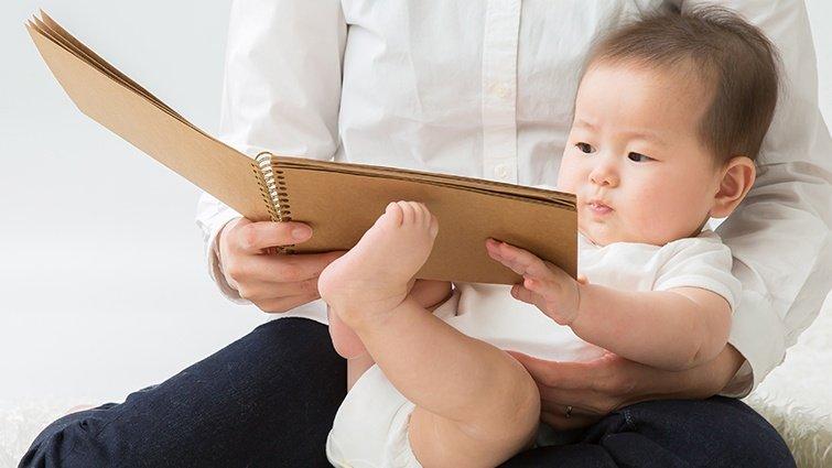 如何為寶寶累積詞語?吳淑娟:親子共讀和積極鼓勵,打破三千萬個詞語量的差距