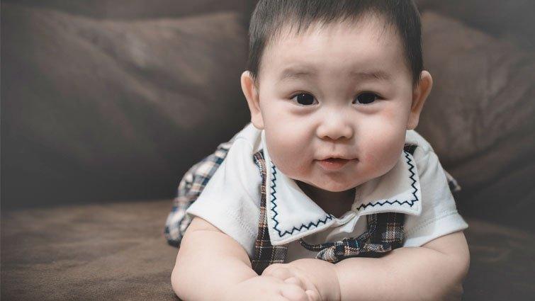 王宏哲:孩子爬得快:7~9個月