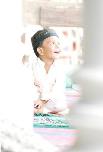 許培鴻《世界的微笑:純真與感動的瞬間》