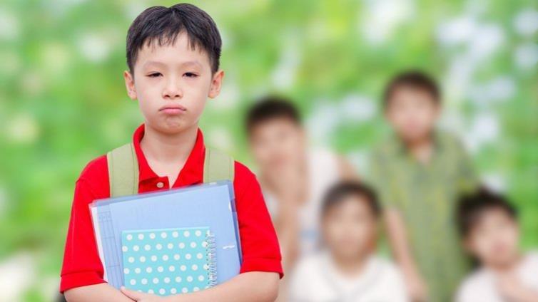 男孩也有關係霸凌 教孩子處理毒性同儕關係