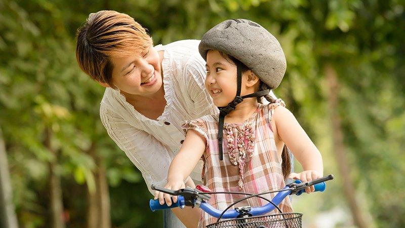 幫孩子準備好現成的路,你從直升機父母變成割草機父母了嗎?