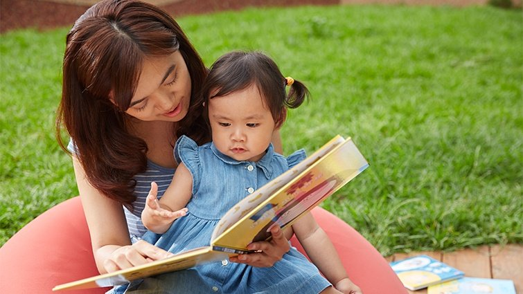 替還不會說話的嬰幼兒選書,要注意什麼?