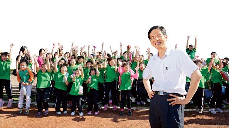 陳清圳:給老師「添柴火」的系統