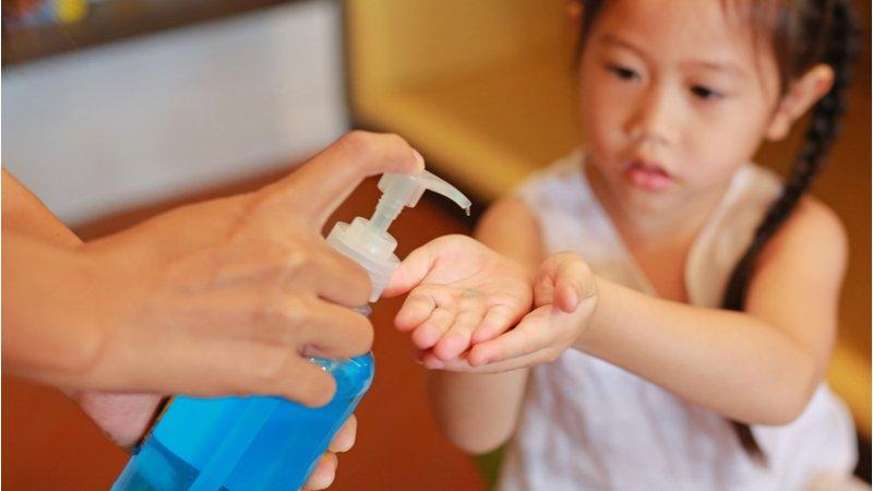 真「抗菌」還是擦安心?消基會網路抽查12款抗菌乾洗手,均無衛福部認證