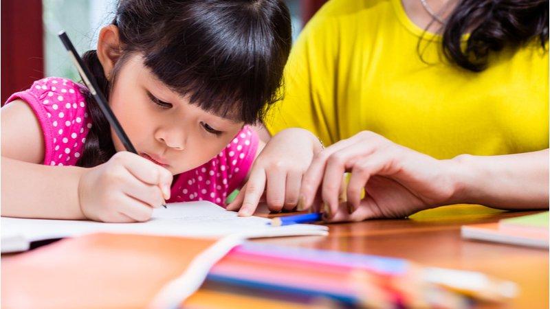 他的功課不是你的功課!親子如何不為作業傷感情?