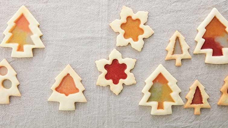 聖誕節裡的小裝飾─亮晶晶玻璃餅乾.動手做!小朋友點心!