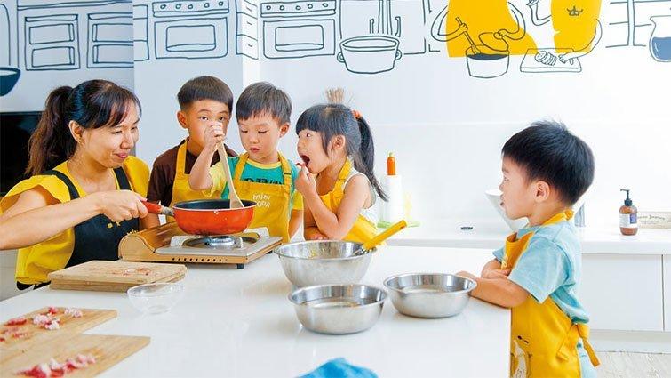 帶孩子進廚房和食材培養感情