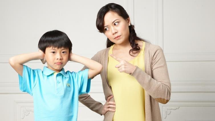 梁莉芳:教養並不夢幻,媽媽為什麼不能生氣?