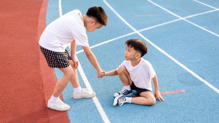 5個方法,教孩子優雅面對輸贏
