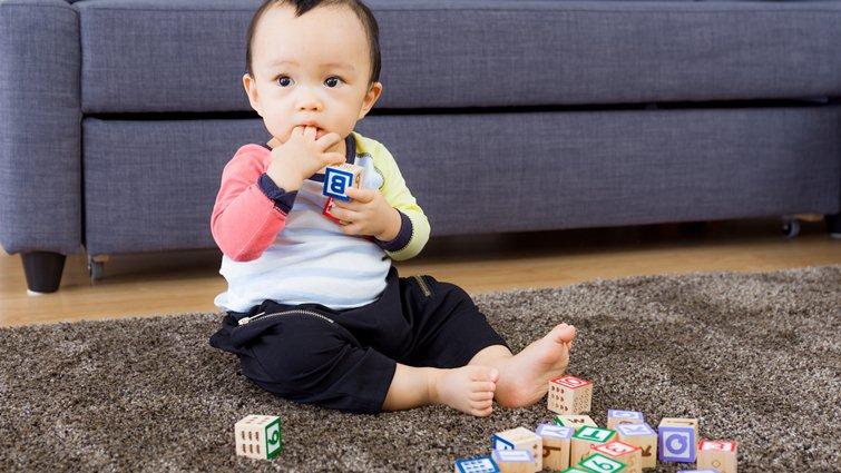 預防孩子異物「卡管」 一味禁止不如從小安全教育