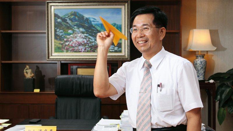 專訪|教育部長 潘文忠:小學到高中要讓孩子所學有用