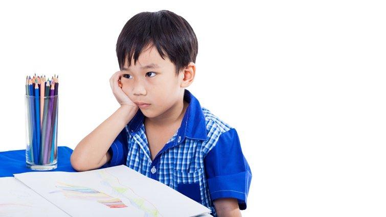 【請問教養專家】兒子開學後,每天都哭說不想去上學,該如何溝通?