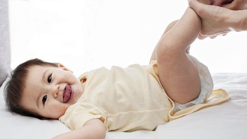 「嬰兒按摩」對寶寶的健康有什麼幫助?