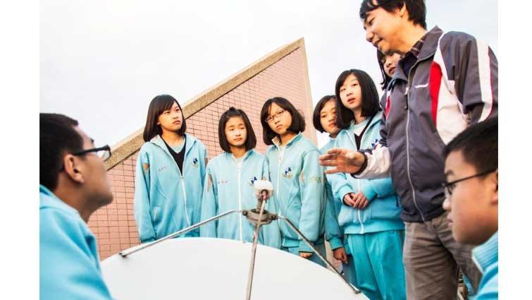 新北市恆毅中學國中部:機器人社團,國際得獎無數