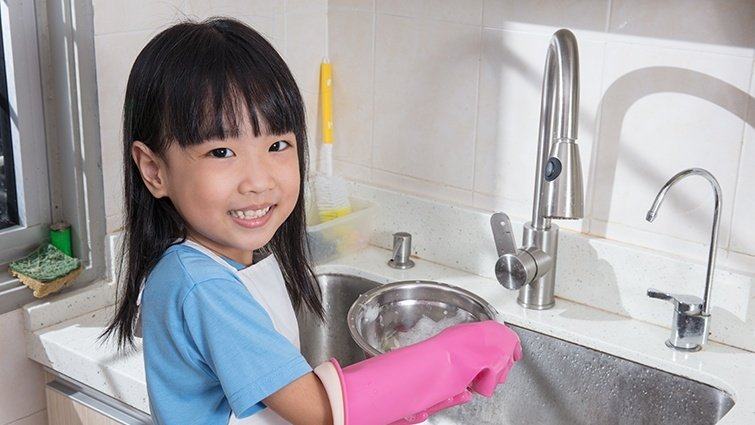 王文華:做家事當樂事─孩子養成責任心,父母最放心