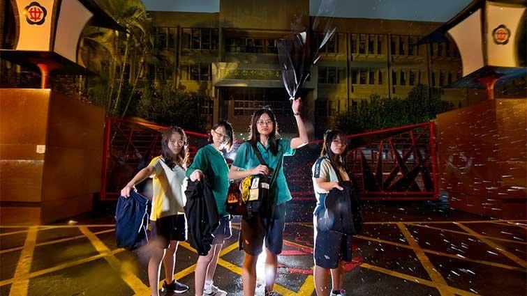 台中女中學生:朝會上的短褲革命