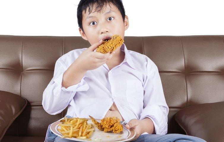 美國《時代雜誌》:小時候胖不是胖?如何與寶貝討論體重