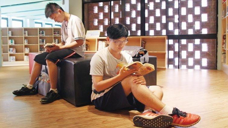 公共圖書館統計:104 年臺北市每人購書經費與每人擁書量最多