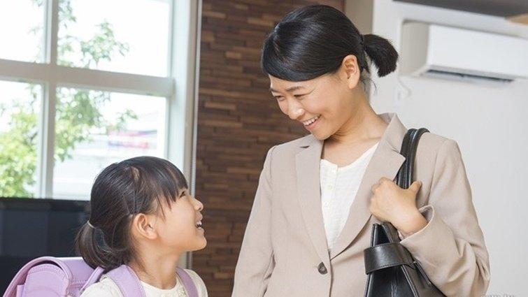 送孩子上學,比「乖乖聽老師的話」更該對孩子說的3句話