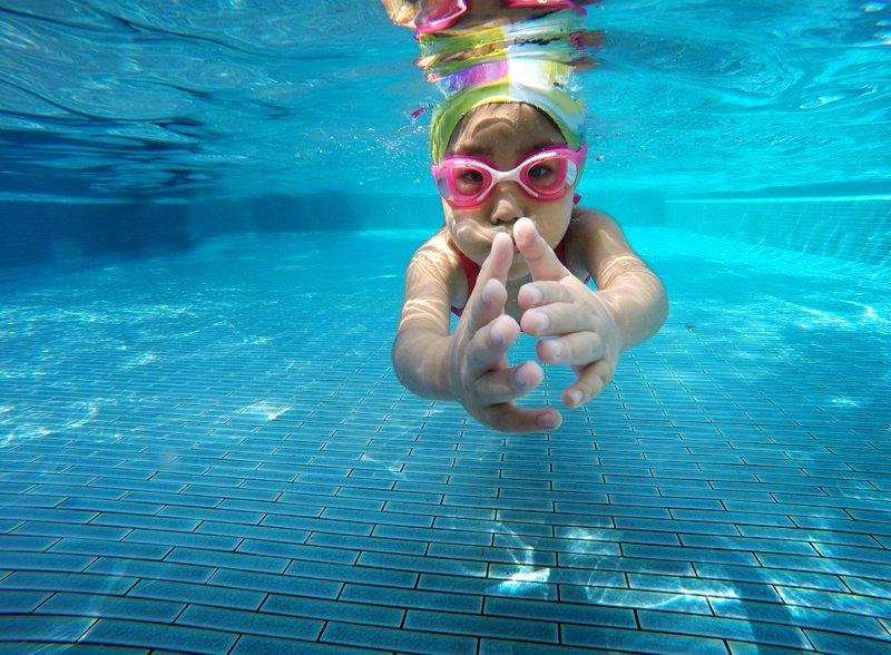 孩子有氣喘可不可以游泳?給氣喘病童的運動指南