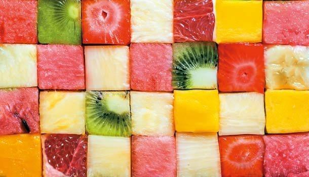 紅芭樂、黃西瓜、白火龍果...水果顏色的營養祕密!