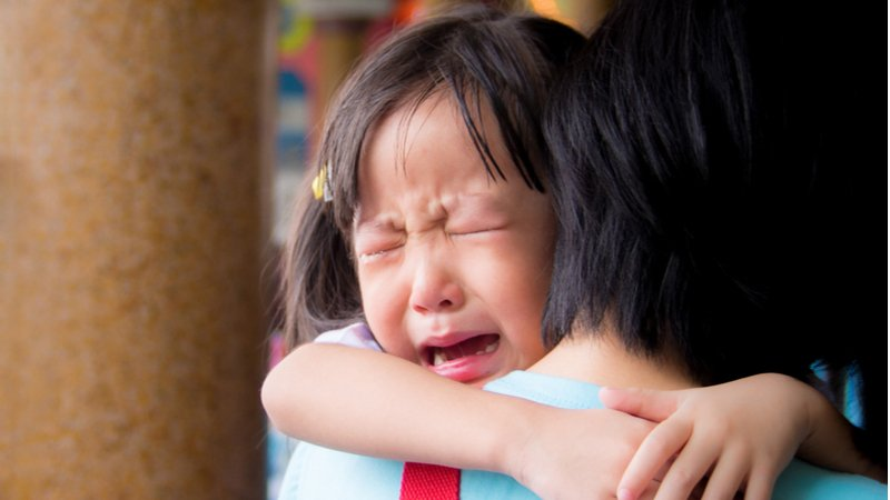 孩子哭不停的時候,可以叫他不要哭