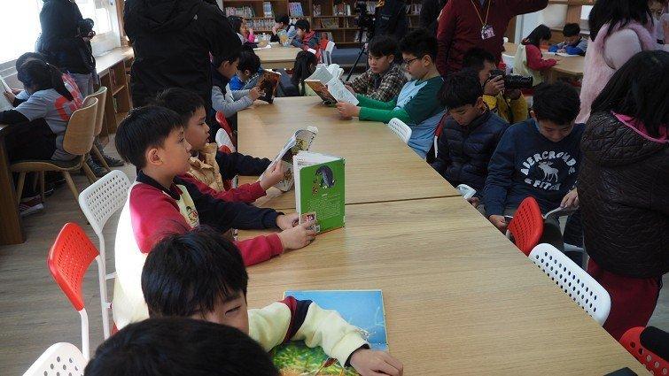 台北市四校試辦延後上學,讓孩子睡飽、早餐吃好