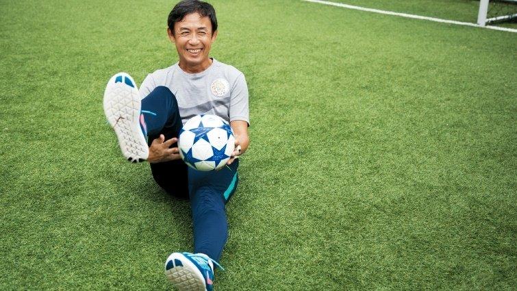 陳信安足球學校 前國腳辦學練足球學自律