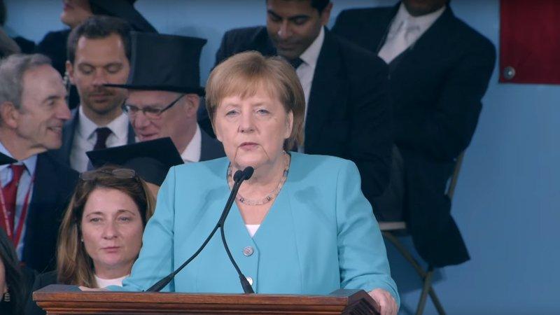 德國總理梅克爾給哈佛畢業生的6個禮物:邁開第一步,就是開始冒險的時刻