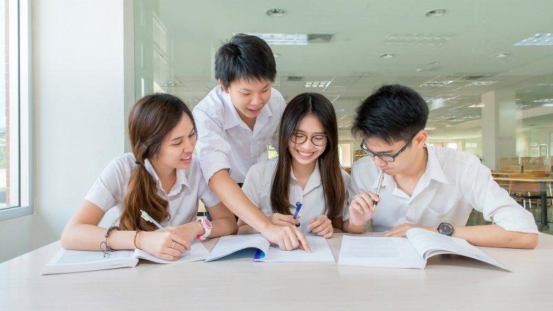 大學選才趨勢翻轉 │申請入學成主流 高中生不能只拚筆試