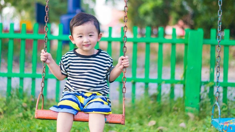 何時讓孩子有選擇,何時爸媽不能讓步?