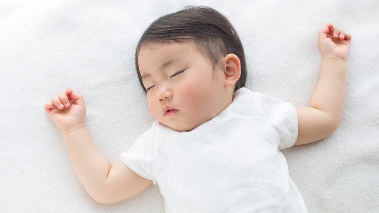 黃瑽寧:2歲後才需要躺枕頭