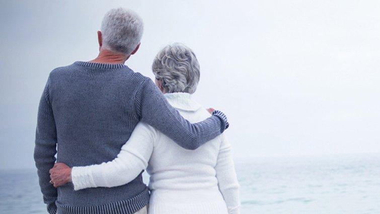 一愛80年 百歲夫妻的在乎幸福學