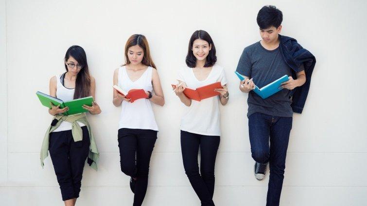 專家獻策/陳超明 閱讀+朗讀,打下好基礎
